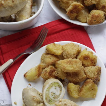 Involtini di pollo con cavoletti, nocciole e patate in crosta aromatica!!