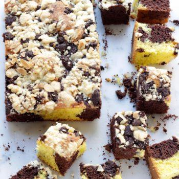 A La Prova del Cuoco: Torta marmorizzata con crumble bicolore