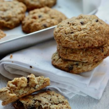 Cookies integrali con avena noci e cioccolata