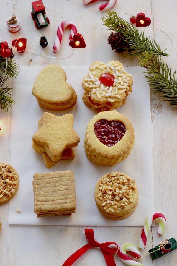 biscotti di pasta frolla natalizi