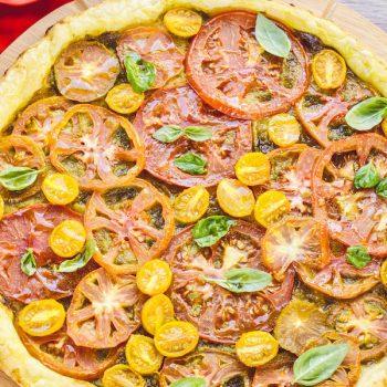 Sfoglia veloce con pomodori e pesto