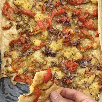 Pizza scrocchiarella con peperoni