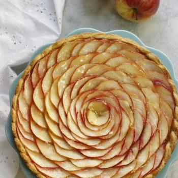 Torta vortice di mele