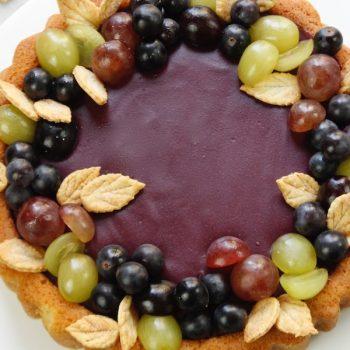 Torta con sughi d'uva