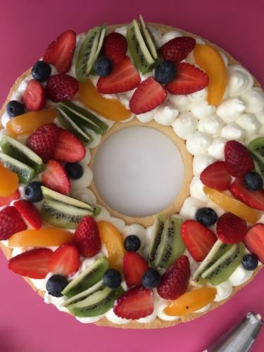 Posizionate la frutta a piacere