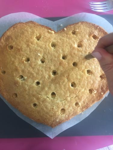Bucherellate da caldo più buchi farete più farcita sarà la torta