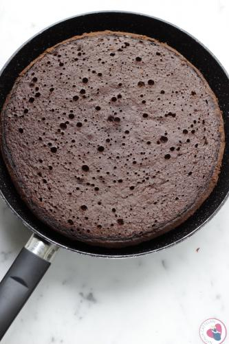 Prepara la torta in padella