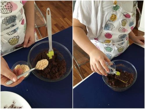 aggiunta di cioccolato fondente